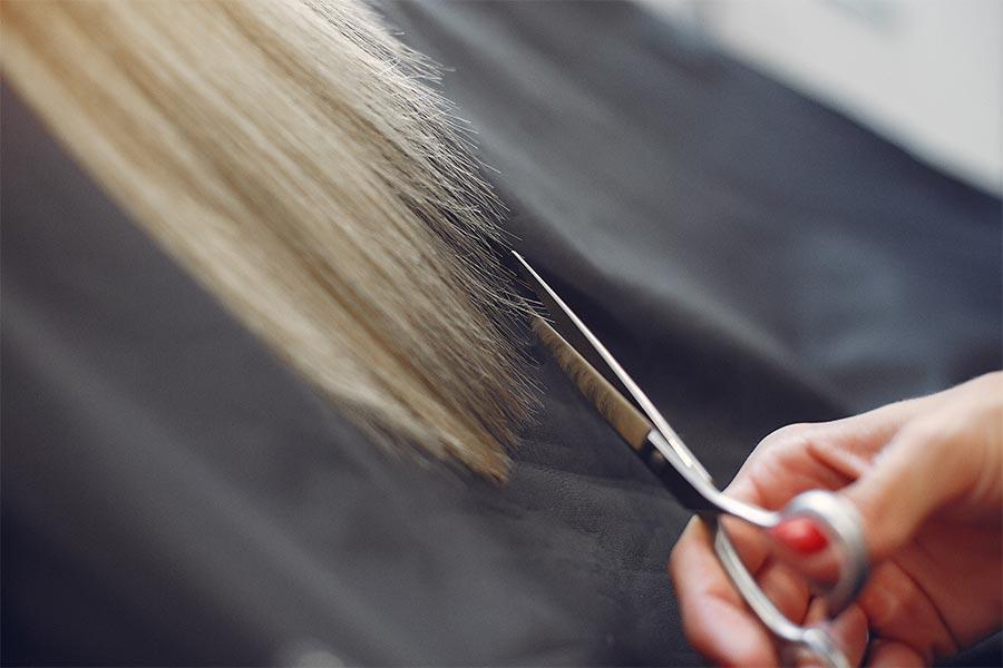 Haarschnitt bei Haarstudio Weber