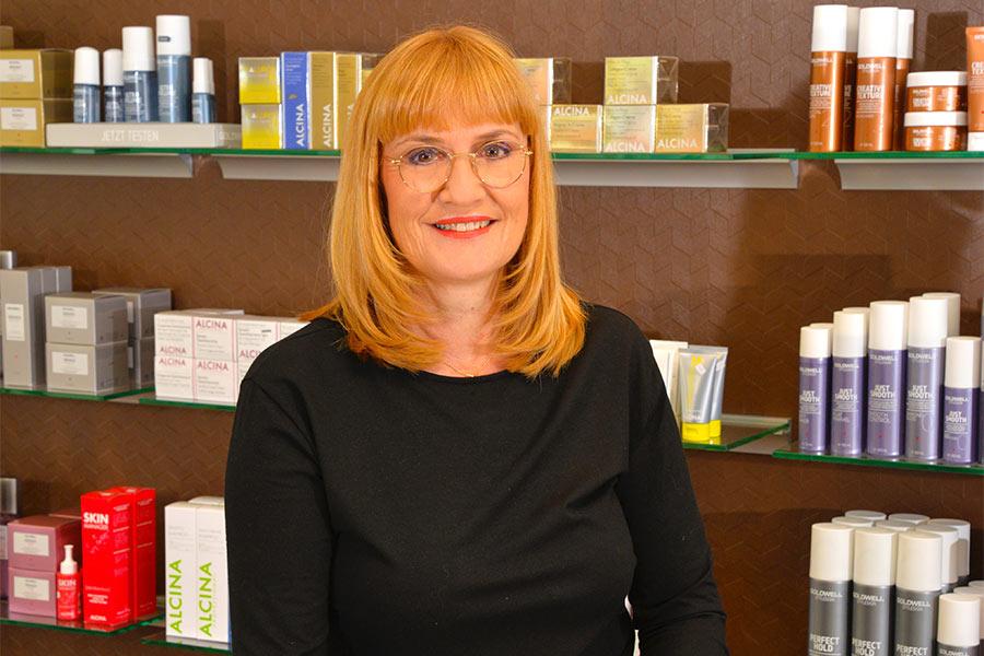 Die Inhaberin Rita Weber vom Friseur in Gundelfingen